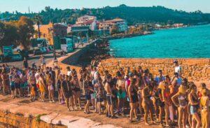 Tidal Zante boat party boarding
