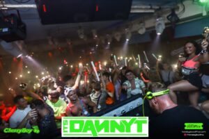 Danny T Crowd shot CherryBay Zante
