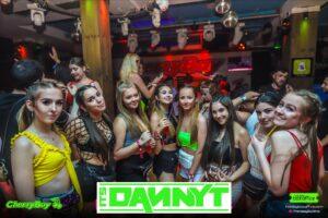 Neon Girl Group in CherryBay Zante