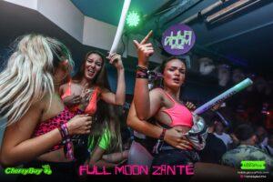 Girls at Full Moon Party CherryBay